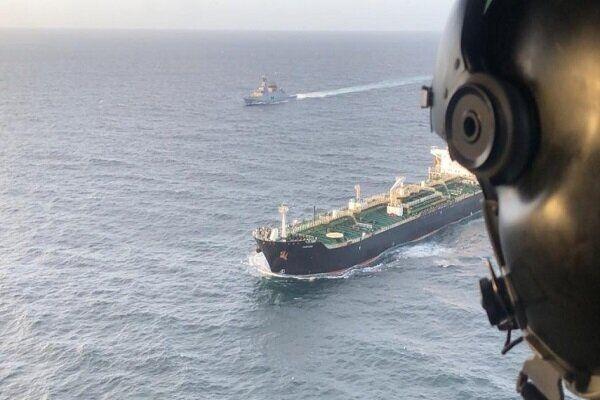 نخستین کشتی از 3 نفتکشی که سوخت ایران را به مقصد ونزوئلا حمل می کردند، بدون مزاحمت به ونزوئلا رسید و دو نفتکش دیگر نیز در راهند.