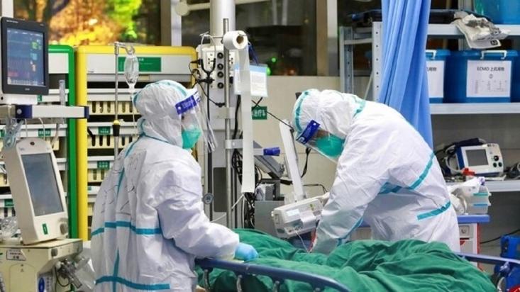 سخنگوی وزارت بهداشت از شناسایی ۸۴۵۲ مورد جدید کووید۱۹ در کشور طی 24 ساعت گذشته خبر داد و گفت: از این میان ۲۸۵۲ تن در بیمارستان ها و مراکز درمانی کشور بستری شدند.